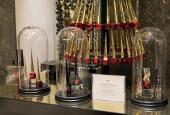 PLV cosmétique de luxe création et design plv haut de gamme