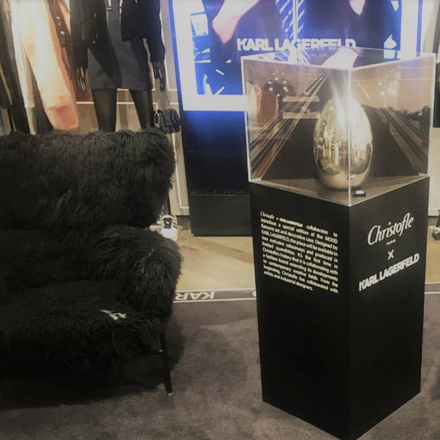 Christofle Karl Lagerfeld - Stèle PLV Luxe Display Plinth