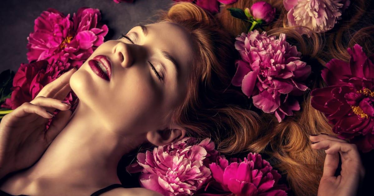 PLV Parfum: Comment sublimer votre message et stimuler l'achat dans votre point de vente ?