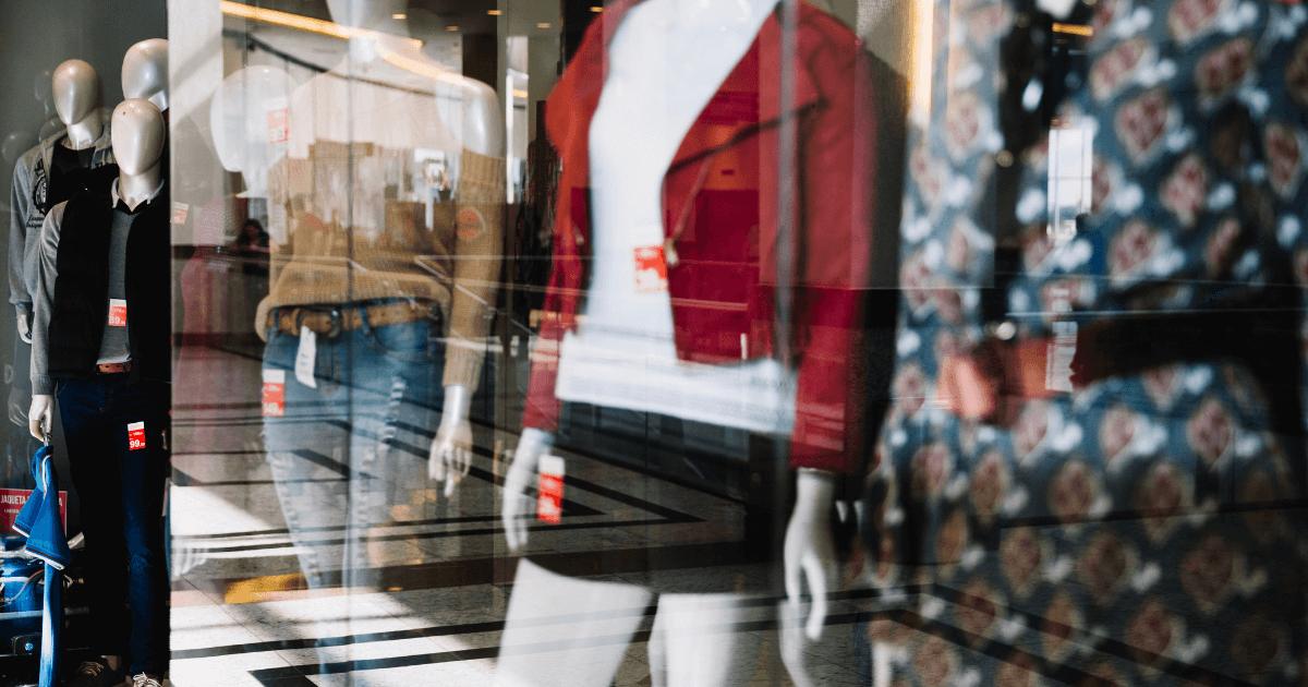 presentoir vitrine magasin 02