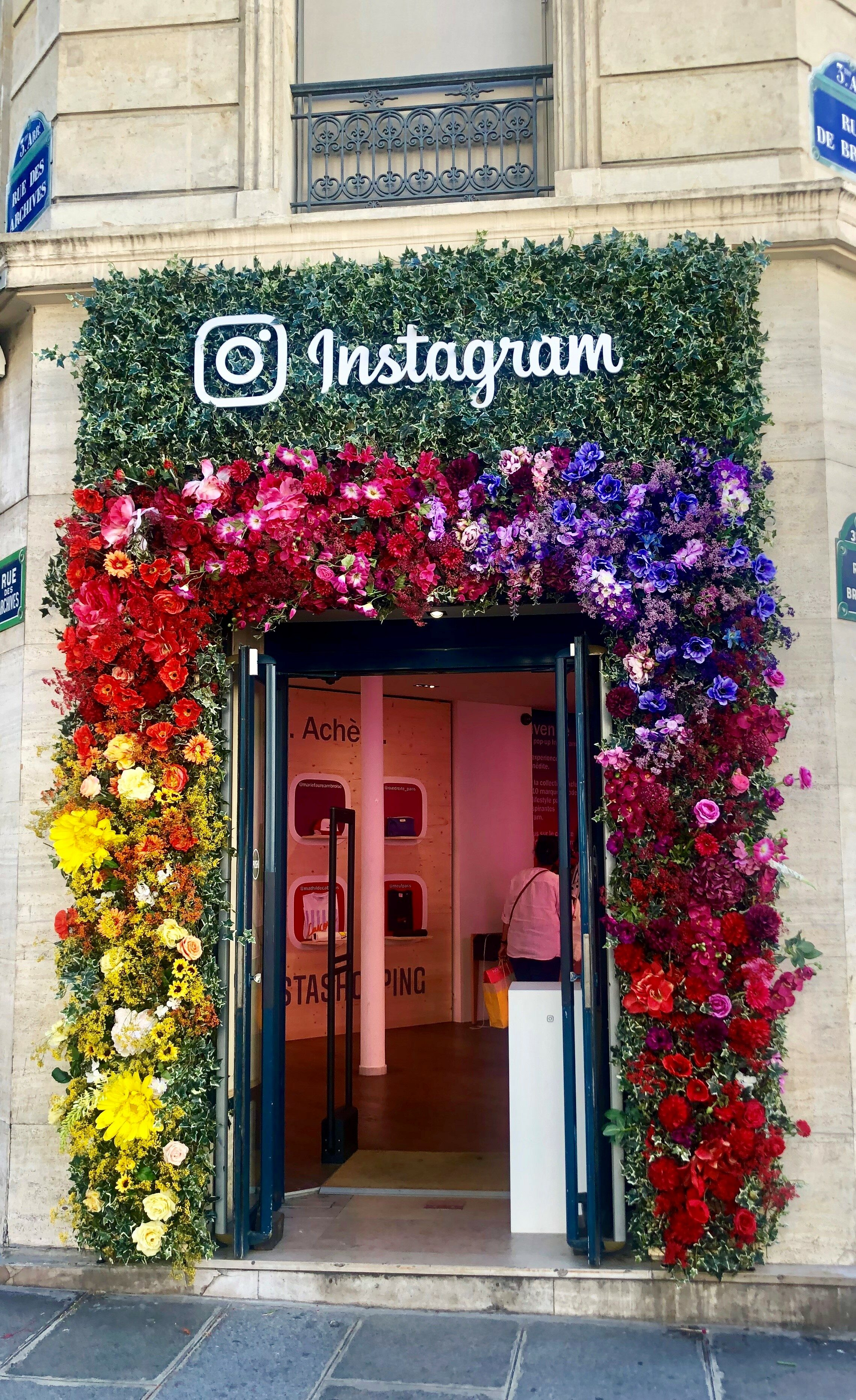 Instagram boutique arrive à Paris !