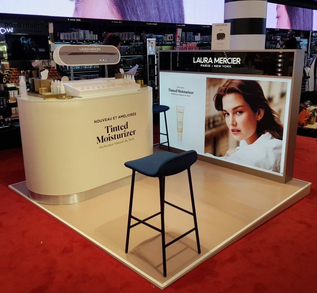 LAURA MERCIER, animation boutique – PLV cosmétiques