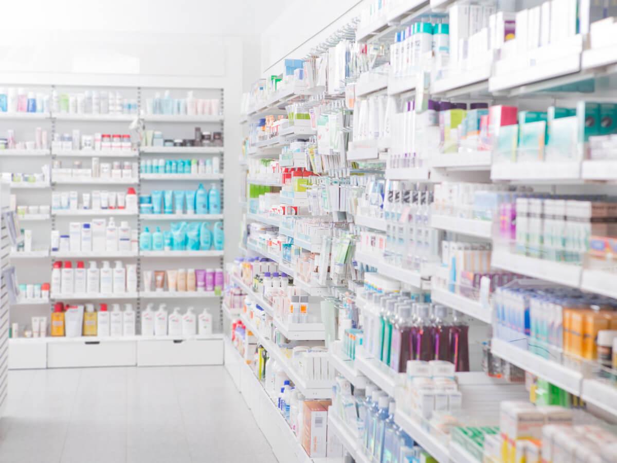 PLV Merchandising Pharmacie Un espace de vente performant pour répondre à vos attentes et celles de vos clients