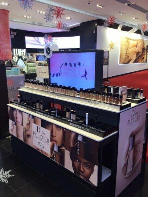 DIOR : Présentoirs cosmétiques – Trade marketing
